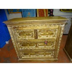 Puerta tallada de palo de rosa